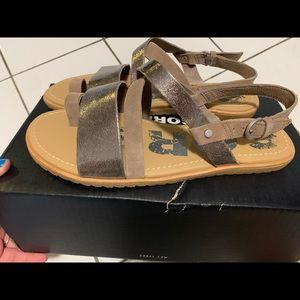 Sorel Wmns Ella Criss Cross Sandals 8 nwb